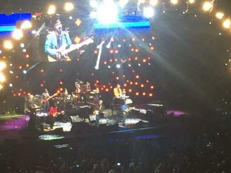 Daryl Hall and John Oates at Excel Energy Center in St. Paul, Minnesota, on May 11, 2017