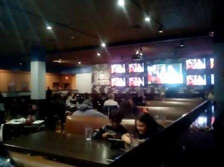 UFC 211 fan reaction video: Long Island pops for Joanna Jedrzejczyk