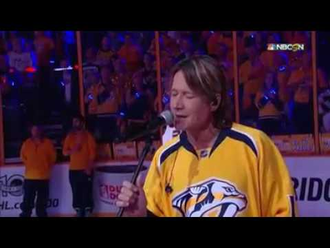 Keith Urban enjoys singing Star-Spangled Banner at Predators home game
