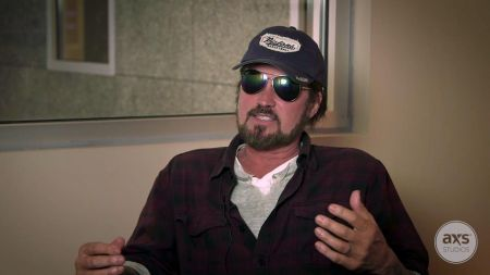 Interview: Billy Ray Cyrus on his unbreakable 'Achy Breaky Heart' (Watch)