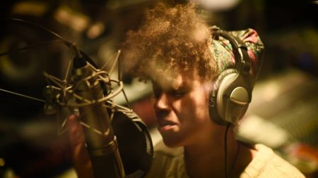'Silhouette of Sirens' by Chastity Brown is soulful beauty