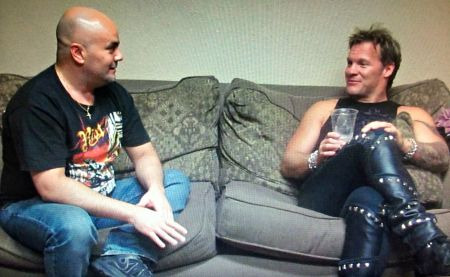 Fozzy singer and World Wrestling Entertainment superstar Chris Jericho, shown with the author during a 2014 interview in San Antonio, renewe