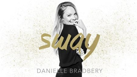 Danielle Bradbery releases new single 'Sway'