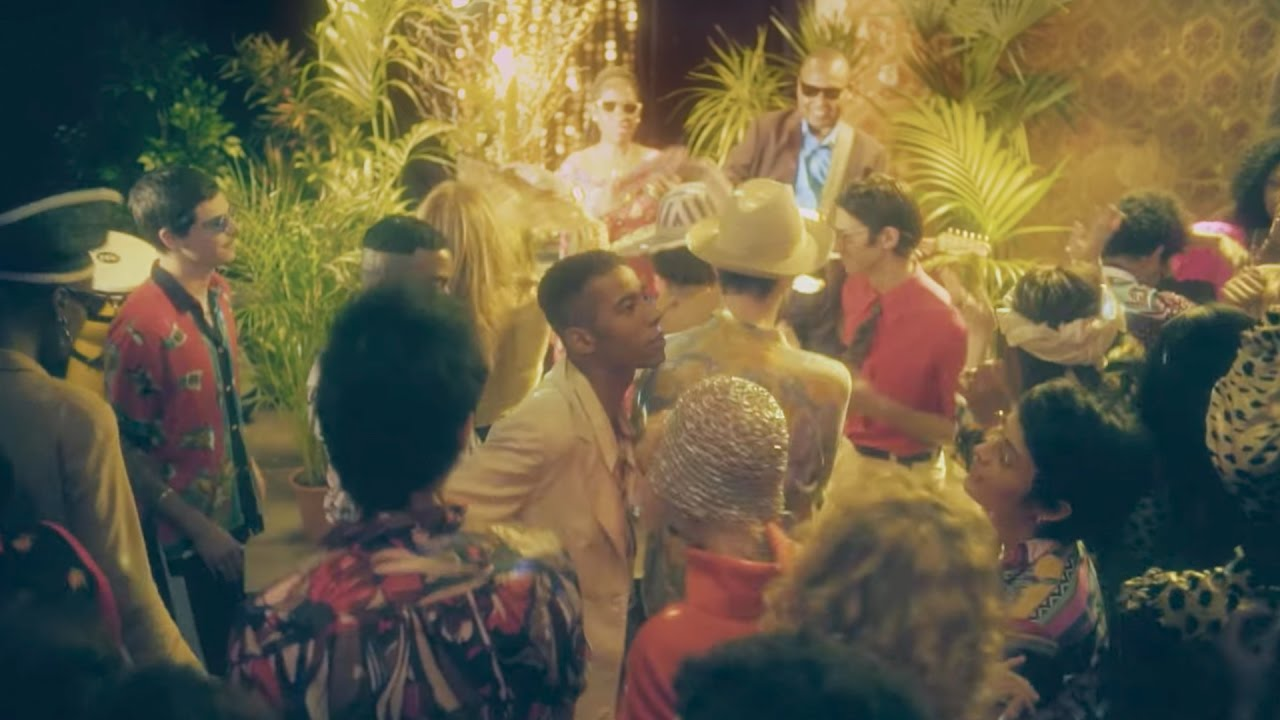 Amadou & Mariam debut Africaine 808 remix