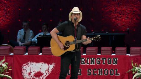 Watch: Brad Paisley surprises Chicago area students with graduation performance
