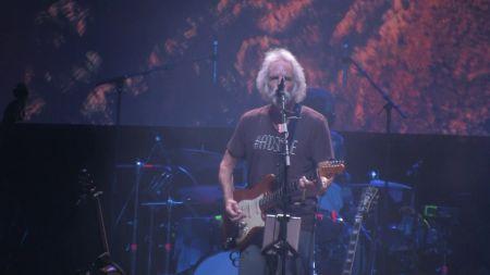 Jerry Garcia 75th Birthday Celebration featuring Bob Weir set for Red Rocks
