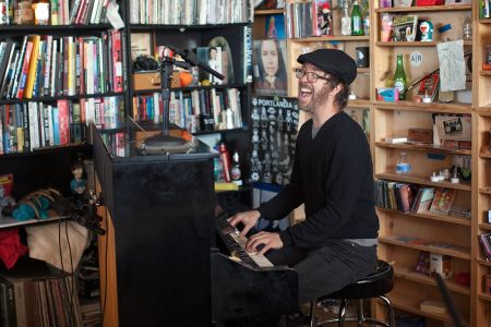 Ben Folds takes audience requests on upcoming tour