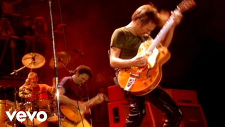 Review: Bryan Adams 'Wembley Live 1996' CD edition