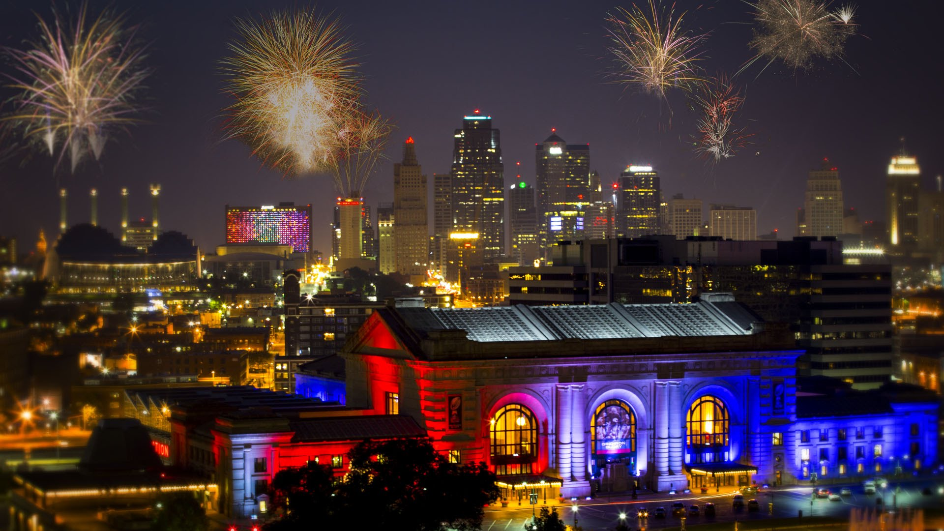 Complete guide to July 4th in Kansas City 2017