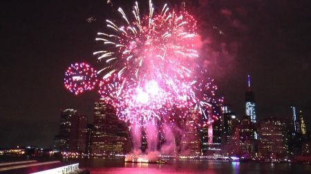 Where to watch July 4th fireworks in New York 2017