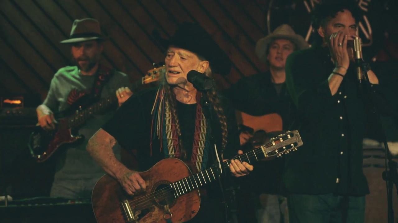 Catch 'An Intimate Evening with Willie and Merle' premiere during 'A Willie Nice Day' marathon June 25 on AXS TV