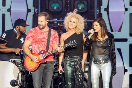 Little Big Town perform live at Country LakeShake 2017