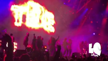Kendrick Lamar makes surprise appearance at BET Experience concert