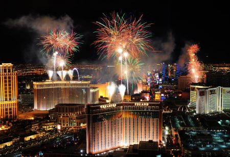 Where to watch July 4th fireworks in Las Vegas 2017