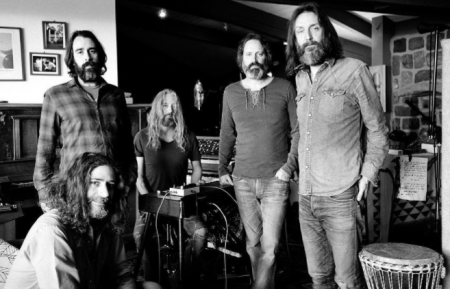 The Chris Robinson Brotherhood announced a run of fall U.S. tour dates on Tuesday, in support of their upcoming album, Barefoot In The Head.