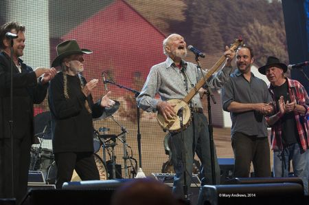from Lt to Rt, John Mellencamp, Willie Nelson, Pete Seeger, Dave Matthews, and Neil Young
