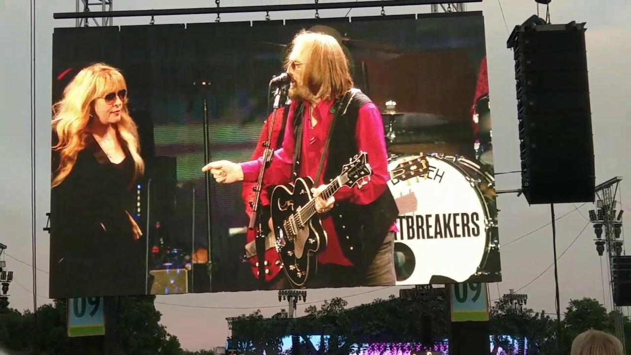 Watch Tom Petty and Stevie Nicks duet on 'Stop Draggin' My Heart Around'