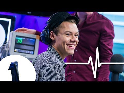 Watch: Harry Styles' heart rate climbs at Ryan Gosling photo in BBC Radio 1 Heart Monitor Challenge