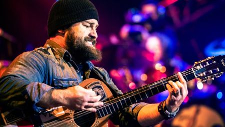 Zac Brown surprises paralyzed teen in the hospital