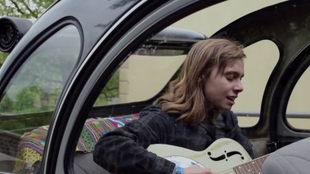Julien Baker announces lengthy fall tour