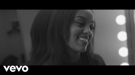 Ruth B expands the Safe Haven Tour