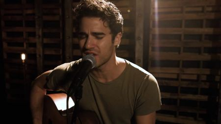 Watch: Darren Criss drops stirring acoustic 'I Dreamed a Dream' music video to honor Elsie Fest 2017 announcement