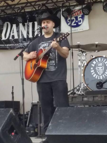 Jason Gerrish performing live