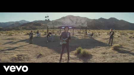 Aug. 8 chart roundup: Arcade Fire debuts at No. 1, 'Despacito' sets new digital record