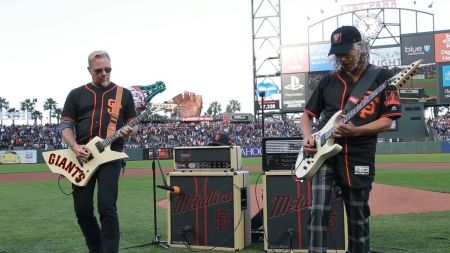 Watch Metallica's James Hetfield and Kirk Hammett play the National Anthem at SF Giants game