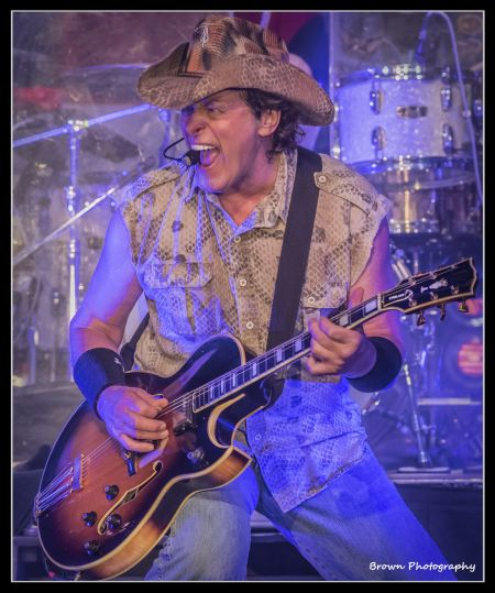 Ted Nugent will be playing Fortress Obetz