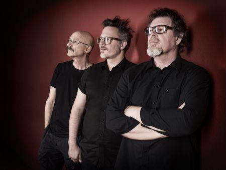 Interview: Bassist Tony Levin talks Stick Men, King Crimson