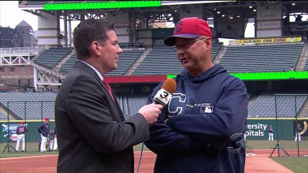MLB Report: Indians to have Terry Francona Bobblehead night