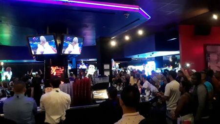 Video: Long Island bar pops for Floyd Mayweather's victory over Conor McGregor