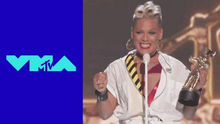 Pink delivers heartfelt acceptance speech at 2017 VMAs