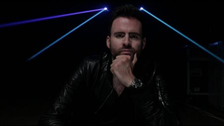 Gareth Emery to bring laserface to New York's Terminal 5