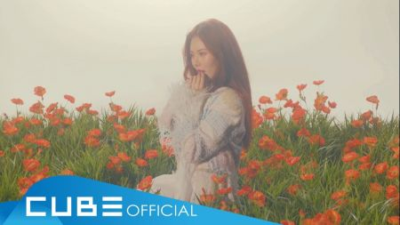HyunA comes down with a curious case in 'Babe' music video