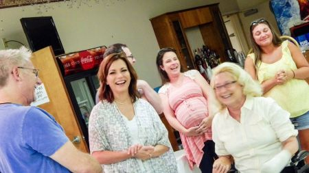 Martina McBride throws surprise party for amputee fan
