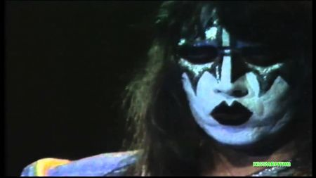 Gene Simmons planning on releasing long-lost Kiss demo tracks featuring Van Halen