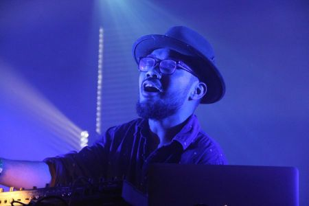 Mr. Carmack announces 3 live intimate shows in 3 cities
