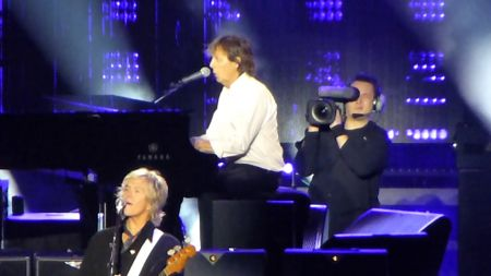 Watch: Paul McCartney perform '1985' at fall US tour launch
