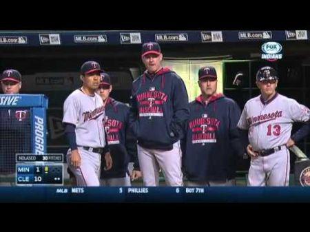 MLB Report: Indians selling postseason T-shirts