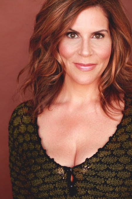 Interview: Actress Lori Alan Discusses Her New Project, 'Do The Voice'