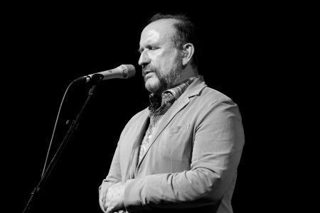Colin Hay's performance at Americanafest 2017 was our best of the year.
