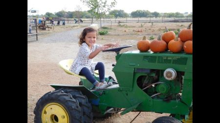 Corn mazes and pumpkin patches near Dallas and Ft. Worth 2017