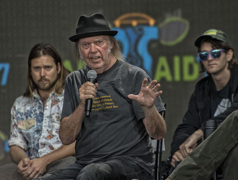 Photos: Farm Aid conference sends message, don't give up in the face of disaster