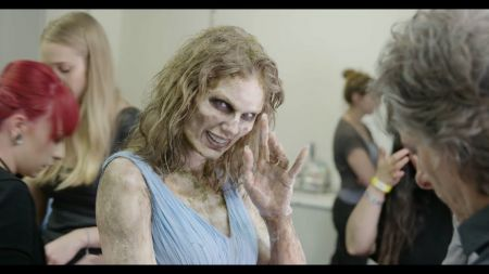Watch: Taylor Swift gets her zombie on in 1 of  3 behind-the-scenes looks at 'Look What You Made Me Do' music video