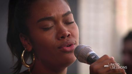 AXS Patio Sessions: Watch Amber Mark use music as her therapy, explain her genre