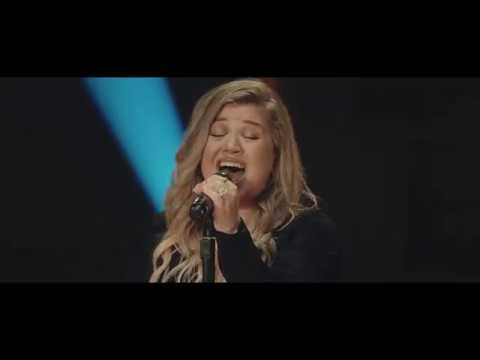 Watch: Kelly Clarkson performs 'Move You' for Nashville sessions, releases 'Meaning of Life' tracklisting