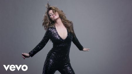 Shania Twain stuns in 'Swingin' With My Eyes Closed' music video