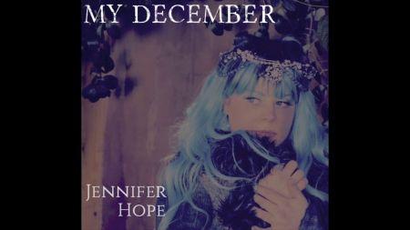 Singer-songwriter Jennifer Hope releases single for fundraiser in Chester Bennington's memory